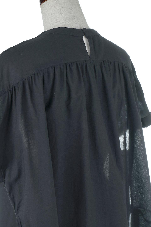 SideSlitSmockingBlouseサイドスリット・スモッキングブラウス大人カジュアルに最適な海外ファッションのothers(その他インポートアイテム)のトップスやシャツ・ブラウス。スモッキングと呼ばれる立体的なディテールが可愛い半袖ブラウス。サイドは深くスリットが入り、リボンを結ぶデザインで横から見た印象も可愛いアイテム。/main-7