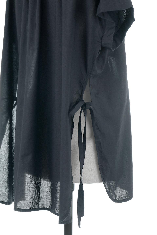 SideSlitSmockingBlouseサイドスリット・スモッキングブラウス大人カジュアルに最適な海外ファッションのothers(その他インポートアイテム)のトップスやシャツ・ブラウス。スモッキングと呼ばれる立体的なディテールが可愛い半袖ブラウス。サイドは深くスリットが入り、リボンを結ぶデザインで横から見た印象も可愛いアイテム。/main-9