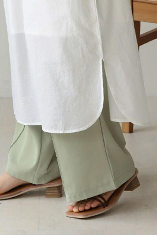 IndianCottonSmockingLongDressインド綿使用・スモッキングワンピース大人カジュアルに最適な海外ファッションのothers(その他インポートアイテム)のワンピースやミディワンピース。立体的なスモッキング刺繍が印象的なゆったりシルエットのワンピース。ナチュラルなコットンの生地なので、汗ばむ季節でも体に張り付くことなく快適です。/main-15