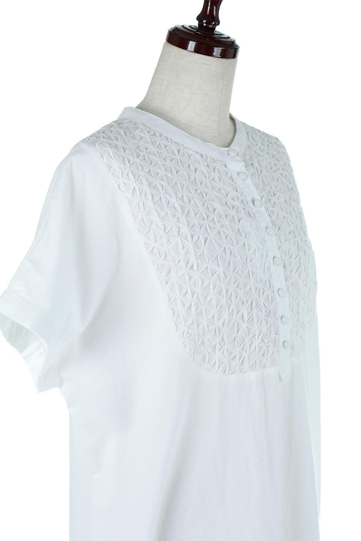 IndianCottonSmockingLongDressインド綿使用・スモッキングワンピース大人カジュアルに最適な海外ファッションのothers(その他インポートアイテム)のワンピースやミディワンピース。立体的なスモッキング刺繍が印象的なゆったりシルエットのワンピース。ナチュラルなコットンの生地なので、汗ばむ季節でも体に張り付くことなく快適です。/main-5