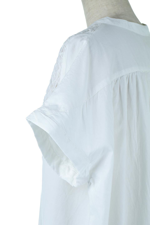 IndianCottonSmockingLongDressインド綿使用・スモッキングワンピース大人カジュアルに最適な海外ファッションのothers(その他インポートアイテム)のワンピースやミディワンピース。立体的なスモッキング刺繍が印象的なゆったりシルエットのワンピース。ナチュラルなコットンの生地なので、汗ばむ季節でも体に張り付くことなく快適です。/main-7