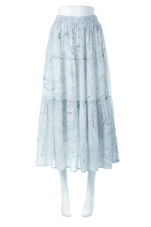 MarblePatternTieredLongSkirtマーブルパターン・ティアードスカート大人カジュアルに最適な海外ファッションのothers(その他インポートアイテム)のボトムやスカート。マーブル模様が涼し気なギャザーをたっぷりよせた3段ティアードスカート。動くたびに揺れるシルエットが涼し気な印象のスカートです。