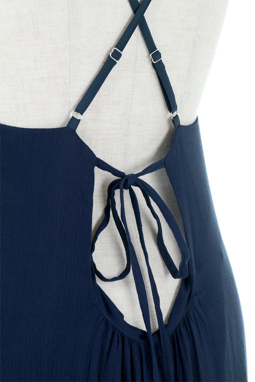 CrossedBackStrapSummerDressバックデザイン・サマードレス大人カジュアルに最適な海外ファッションのothers(その他インポートアイテム)のワンピースやマキシワンピース。背中のデザインがポイントのサマードレス。揺れるフォルム、カーブを描く曲線に、流れるようなギャザー、どこを見えても女性を美しく見せてくれるワンピース。/main-14