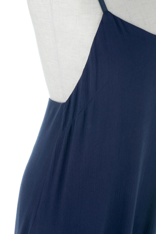 CrossedBackStrapSummerDressバックデザイン・サマードレス大人カジュアルに最適な海外ファッションのothers(その他インポートアイテム)のワンピースやマキシワンピース。背中のデザインがポイントのサマードレス。揺れるフォルム、カーブを描く曲線に、流れるようなギャザー、どこを見えても女性を美しく見せてくれるワンピース。/main-15