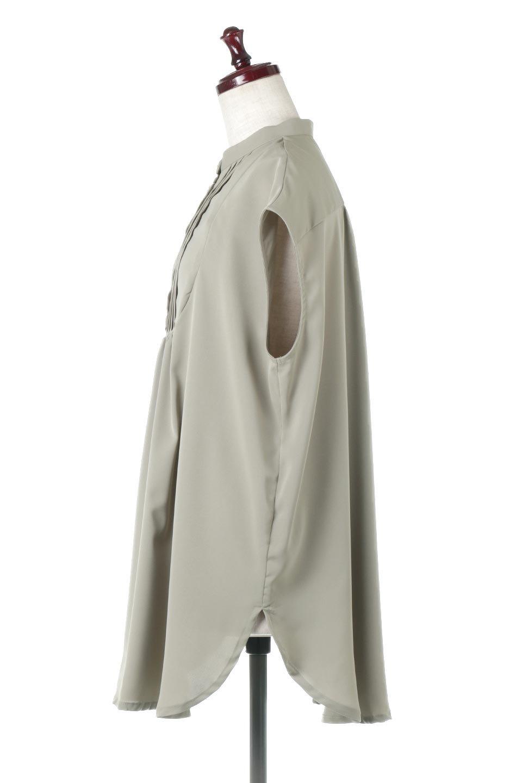 FrenchSleevePinTuckedBosomBlouseピンタック入り・ブザムブラウス大人カジュアルに最適な海外ファッションのothers(その他インポートアイテム)のトップスやシャツ・ブラウス。光沢を抑えたマットサテンを使った上品な印象のブラウス。腕を華奢に見せ、羽織にも響きにくく扱いやすいフレンチスリーブのアイテムです。/main-12