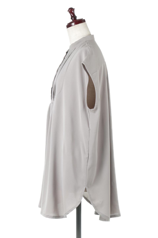 FrenchSleevePinTuckedBosomBlouseピンタック入り・ブザムブラウス大人カジュアルに最適な海外ファッションのothers(その他インポートアイテム)のトップスやシャツ・ブラウス。光沢を抑えたマットサテンを使った上品な印象のブラウス。腕を華奢に見せ、羽織にも響きにくく扱いやすいフレンチスリーブのアイテムです。/main-2