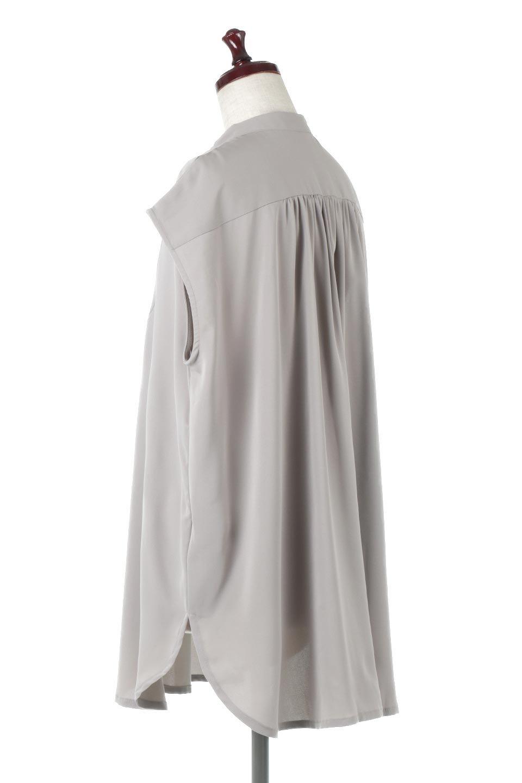 FrenchSleevePinTuckedBosomBlouseピンタック入り・ブザムブラウス大人カジュアルに最適な海外ファッションのothers(その他インポートアイテム)のトップスやシャツ・ブラウス。光沢を抑えたマットサテンを使った上品な印象のブラウス。腕を華奢に見せ、羽織にも響きにくく扱いやすいフレンチスリーブのアイテムです。/main-3
