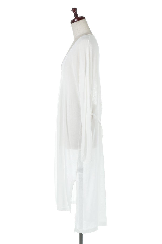 RibLineSleeveShearLongCardiganラインスリーブ・シアーカーディガン大人カジュアルに最適な海外ファッションのothers(その他インポートアイテム)のアウターやカーディガン。サラリとした触感で暑い時期にも重宝する長袖カーディガン。トレンド感のあるロング丈のデザインとバックウエストに通った紐ベルトで、後ろ姿にもメリハリがあるアイテム。/main-2