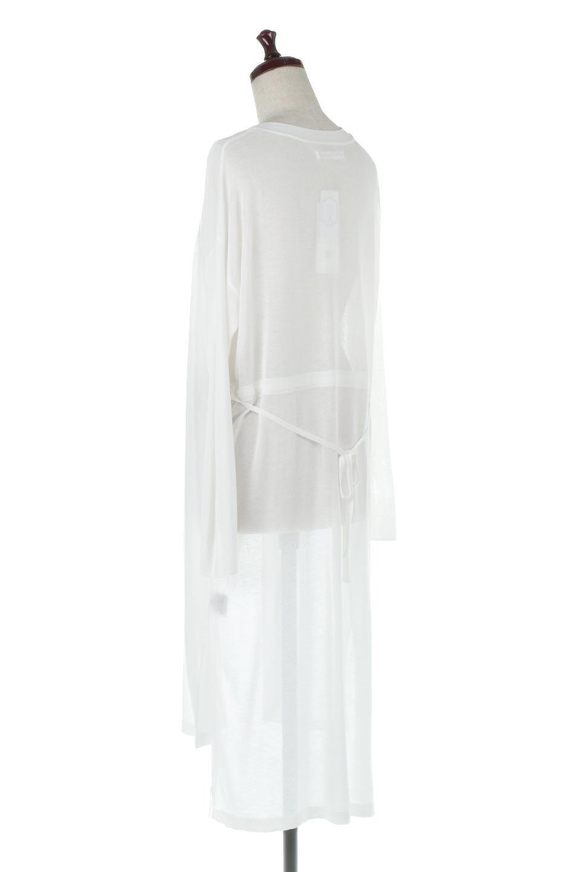 RibLineSleeveShearLongCardiganラインスリーブ・シアーカーディガン大人カジュアルに最適な海外ファッションのothers(その他インポートアイテム)のアウターやカーディガン。サラリとした触感で暑い時期にも重宝する長袖カーディガン。トレンド感のあるロング丈のデザインとバックウエストに通った紐ベルトで、後ろ姿にもメリハリがあるアイテム。/main-3