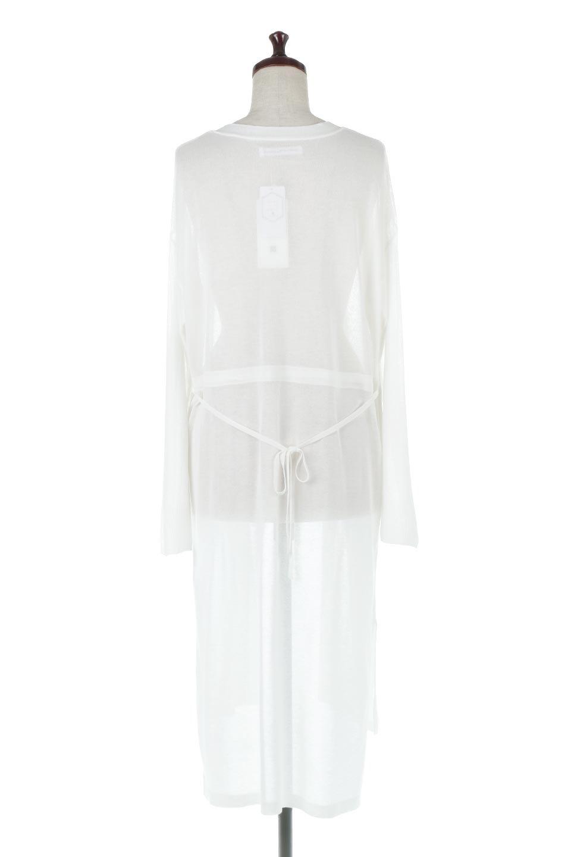 RibLineSleeveShearLongCardiganラインスリーブ・シアーカーディガン大人カジュアルに最適な海外ファッションのothers(その他インポートアイテム)のアウターやカーディガン。サラリとした触感で暑い時期にも重宝する長袖カーディガン。トレンド感のあるロング丈のデザインとバックウエストに通った紐ベルトで、後ろ姿にもメリハリがあるアイテム。/main-4
