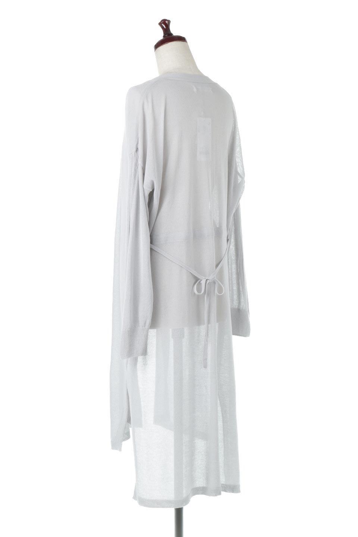 RibLineSleeveShearLongCardiganラインスリーブ・シアーカーディガン大人カジュアルに最適な海外ファッションのothers(その他インポートアイテム)のアウターやカーディガン。サラリとした触感で暑い時期にも重宝する長袖カーディガン。トレンド感のあるロング丈のデザインとバックウエストに通った紐ベルトで、後ろ姿にもメリハリがあるアイテム。/main-8