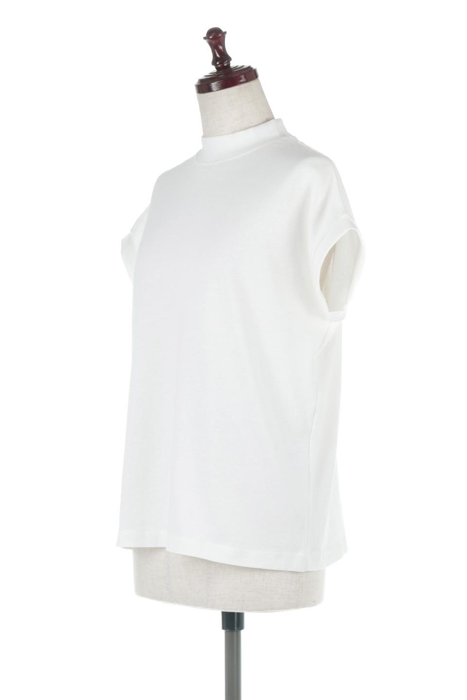 FrenchSleeveMockNeckTeeフレンチスリーブ・モックネックTシャツ大人カジュアルに最適な海外ファッションのothers(その他インポートアイテム)のトップスやTシャツ。USコットンを使用し、ゆとりを持たせたシルエットとドライタッチな肌触りのTシャツ。着心地の良さはもちろん、二の腕がきれいに見えるフレンチスリーブとしっかりした生地感で程よく体型カバーしてくれるアイテム。/main-11