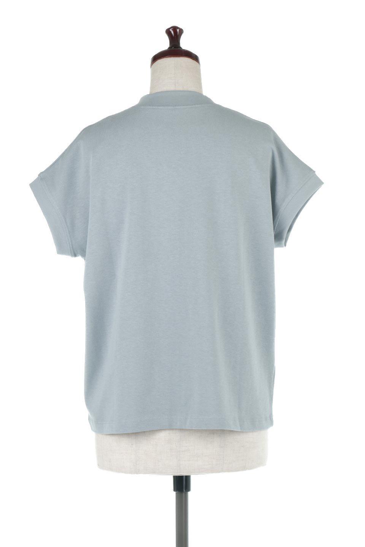 FrenchSleeveMockNeckTeeフレンチスリーブ・モックネックTシャツ大人カジュアルに最適な海外ファッションのothers(その他インポートアイテム)のトップスやTシャツ。USコットンを使用し、ゆとりを持たせたシルエットとドライタッチな肌触りのTシャツ。着心地の良さはもちろん、二の腕がきれいに見えるフレンチスリーブとしっかりした生地感で程よく体型カバーしてくれるアイテム。/main-19