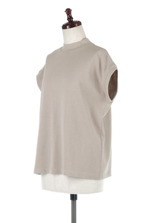 FrenchSleeveMockNeckTeeフレンチスリーブ・モックネックTシャツ大人カジュアルに最適な海外ファッションのothers(その他インポートアイテム)のトップスやTシャツ。USコットンを使用し、ゆとりを持たせたシルエットとドライタッチな肌触りのTシャツ。着心地の良さはもちろん、二の腕がきれいに見えるフレンチスリーブとしっかりした生地感で程よく体型カバーしてくれるアイテム。/main-6