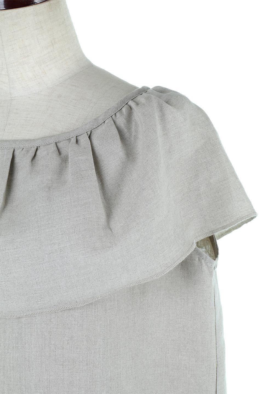 WashableLinenFrilledBlouseウォッシャブルリネン・フリルブラウス大人カジュアルに最適な海外ファッションのothers(その他インポートアイテム)のトップスやシャツ・ブラウス。首回りをぐるりと囲むフリルデザインが目を惹くナチュラルな印象のブラウス。デコルテラインが綺麗に見える開き具合で、ゆったりとしたシルエット。/main-12