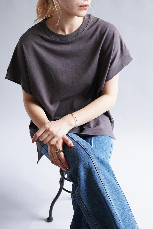 FrenchSleevePullOverTeeフレンチスリーブ・Tシャツ大人カジュアルに最適な海外ファッションのothers(その他インポートアイテム)のトップスやTシャツ。シンプルでつい着たくなる素材とシルエットが自慢のTシャツ。身体のラインをひろいづらい、しっかりとした中肉の暑さの安心カットソー生地のアイテムです。/main-35