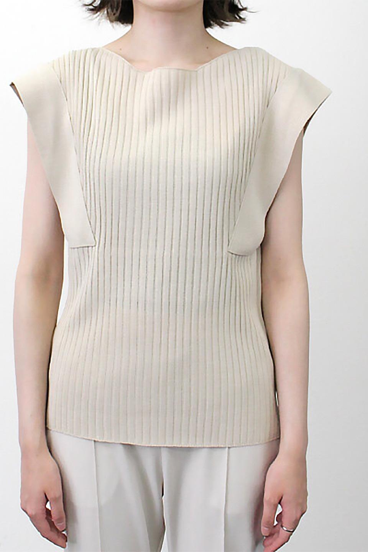 SquareFrenchSleeveTopスクエアフレンチスリーブ・リブトップス大人カジュアルに最適な海外ファッションのothers(その他インポートアイテム)のトップスやカットソー。袖のデザインが印象的なリブトップス。首元や裾は縫い目の無いシームレスな作りで、すっきり見えるシルエット。/main-23