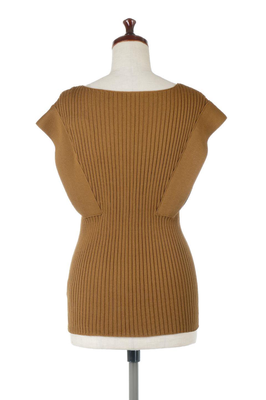 SquareFrenchSleeveTopスクエアフレンチスリーブ・リブトップス大人カジュアルに最適な海外ファッションのothers(その他インポートアイテム)のトップスやカットソー。袖のデザインが印象的なリブトップス。首元や裾は縫い目の無いシームレスな作りで、すっきり見えるシルエット。/main-4
