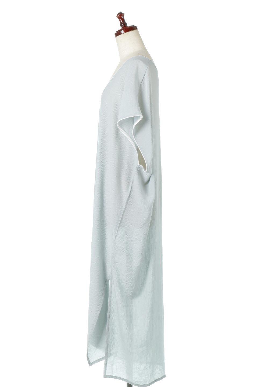 PipingHemChiffonKaftanDressシフォン生地・パイピングカフタンドレス大人カジュアルに最適な海外ファッションのothers(その他インポートアイテム)のワンピースやマキシワンピース。インナー次第でロングシーズン活躍するシアー素材のカフタンワンピース。肩の隠れる袖丈とゆったりとしたシルエットでストレス無く着られる1枚。/main-12