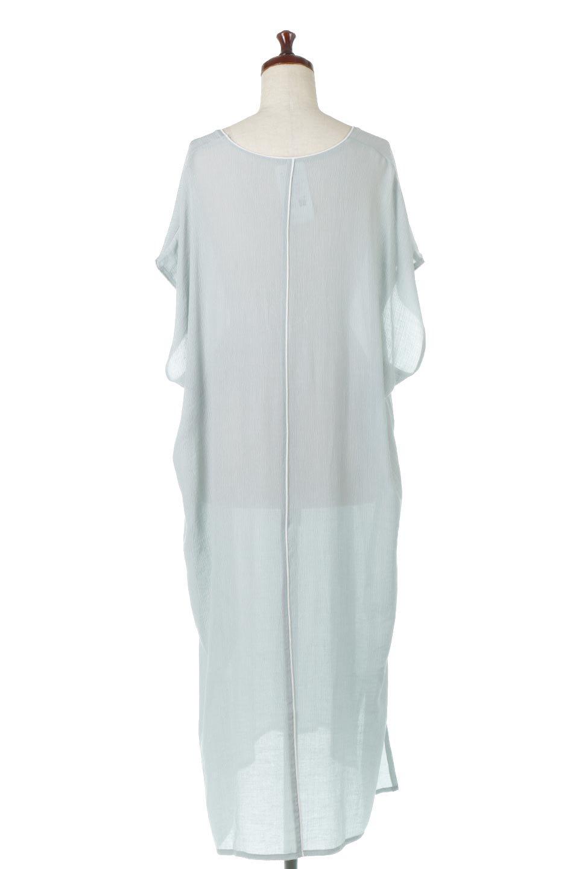 PipingHemChiffonKaftanDressシフォン生地・パイピングカフタンドレス大人カジュアルに最適な海外ファッションのothers(その他インポートアイテム)のワンピースやマキシワンピース。インナー次第でロングシーズン活躍するシアー素材のカフタンワンピース。肩の隠れる袖丈とゆったりとしたシルエットでストレス無く着られる1枚。/main-14