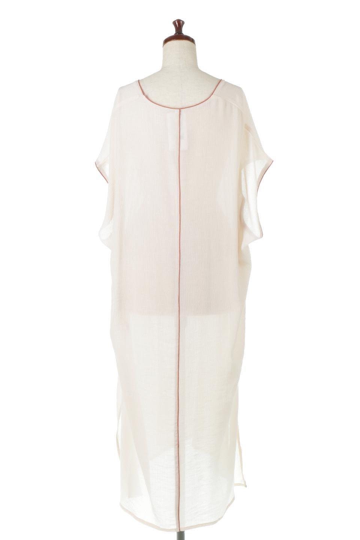 PipingHemChiffonKaftanDressシフォン生地・パイピングカフタンドレス大人カジュアルに最適な海外ファッションのothers(その他インポートアイテム)のワンピースやマキシワンピース。インナー次第でロングシーズン活躍するシアー素材のカフタンワンピース。肩の隠れる袖丈とゆったりとしたシルエットでストレス無く着られる1枚。/main-9
