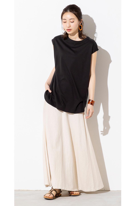 FrenchLinenSemiFlareSkirtフレンチリネン・セミフレアスカート大人カジュアルに最適な海外ファッションのothers(その他インポートアイテム)のボトムやスカート。こなれ感がある大人カジュアルにピッタリのリネン素材を使用したマキシスカート。バックベルトにのみゴム入りなのでウエストがスッキリ見えます。/main-27