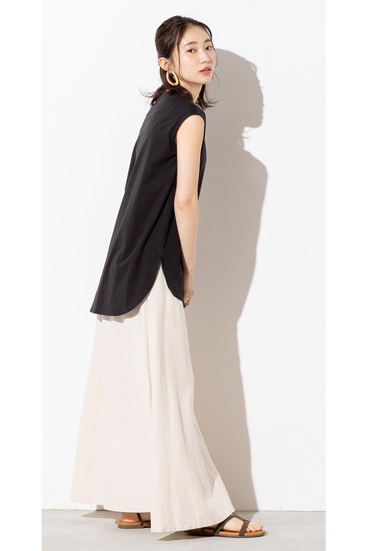 FrenchLinenSemiFlareSkirtフレンチリネン・セミフレアスカート大人カジュアルに最適な海外ファッションのothers(その他インポートアイテム)のボトムやスカート。こなれ感がある大人カジュアルにピッタリのリネン素材を使用したマキシスカート。バックベルトにのみゴム入りなのでウエストがスッキリ見えます。/main-28