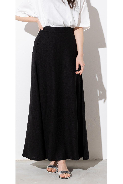 FrenchLinenSemiFlareSkirtフレンチリネン・セミフレアスカート大人カジュアルに最適な海外ファッションのothers(その他インポートアイテム)のボトムやスカート。こなれ感がある大人カジュアルにピッタリのリネン素材を使用したマキシスカート。バックベルトにのみゴム入りなのでウエストがスッキリ見えます。/main-29