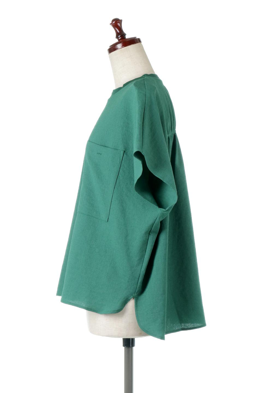 OverSizedBackGatherPullOverバックギャザー・オーバーTシャツ大人カジュアルに最適な海外ファッションのothers(その他インポートアイテム)のトップスやカットソー。ありそうでなかった麻のような質感が気持ち良い布帛生地のオーバーTシャツ。一見ビッグシルエットのTシャツのようですが、シャリっとした清涼感のあるタッチでシワになりにくい素材で、汗のべたつきも気になりにくいトップス。/main-6