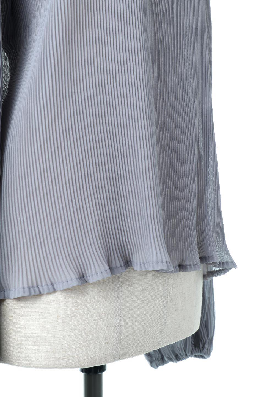 MicroPleatedVolumeSleeveBlouseミニプリーツ・ボリュームスリーブブラウス大人カジュアルに最適な海外ファッションのothers(その他インポートアイテム)のトップスやシャツ・ブラウス。光沢のあるミニプリーツの素材感が魅力の長袖ブラウス。ボリュームのある袖の可愛さと素材の大人っぽさで年令問わず楽しめるブラウスです。/main-15