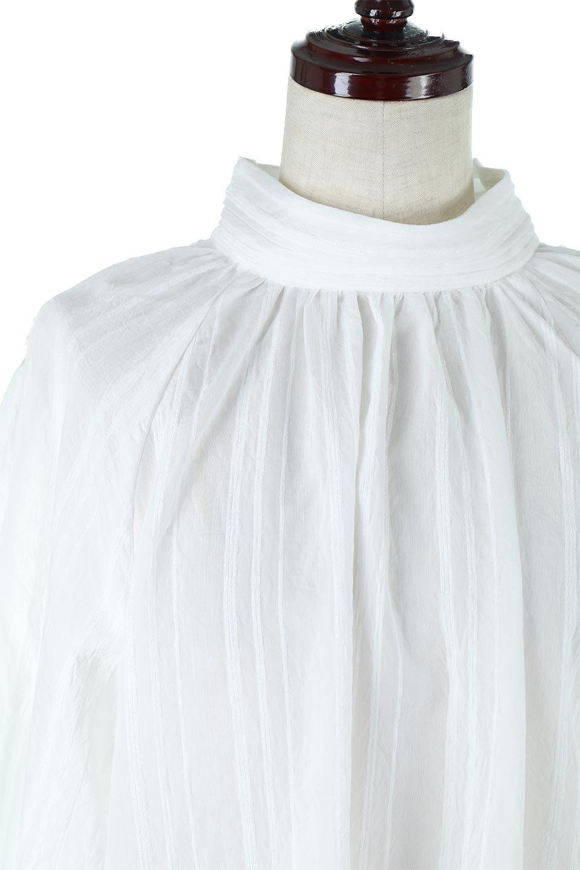 PinTuckStripeTunicBlouseストライプ・チュニックブラウス大人カジュアルに最適な海外ファッションのothers(その他インポートアイテム)のトップスやシャツ・ブラウス。前後の着用ができる2Wayタイプのチュニックブラウス。上品なシアー感のあるストライプの生地で、キレイめにもカジュアルにも楽しめるアイテムです。/main-20
