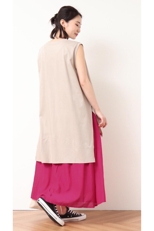 SemiSheerFlareSkirtスシボイル・フレアロングスカート大人カジュアルに最適な海外ファッションのothers(その他インポートアイテム)のボトムやスカート。ビスコース(レーヨン)とコットンのスシボイル生地を使用した発色の良いフレアスカート。スシボイルは上品な透け感と表面に若干の光沢があり、非常に人気のある素材です。/main-30