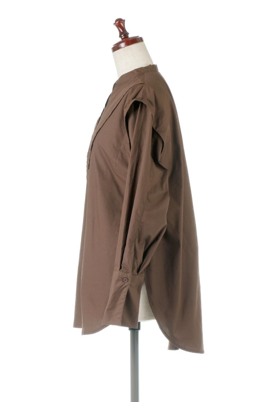 V-YokeLongSleeveBlouseVヨーク・長袖ブラウス大人カジュアルに最適な海外ファッションのothers(その他インポートアイテム)のトップスやシャツ・ブラウス。V字のヨークが印象的な長袖ブラウス。程よい張りがある生地を使用した大きめシルエットで春まで楽しめるアイテムです。/main-12