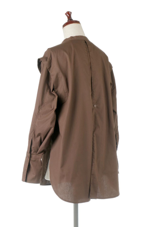 V-YokeLongSleeveBlouseVヨーク・長袖ブラウス大人カジュアルに最適な海外ファッションのothers(その他インポートアイテム)のトップスやシャツ・ブラウス。V字のヨークが印象的な長袖ブラウス。程よい張りがある生地を使用した大きめシルエットで春まで楽しめるアイテムです。/main-13