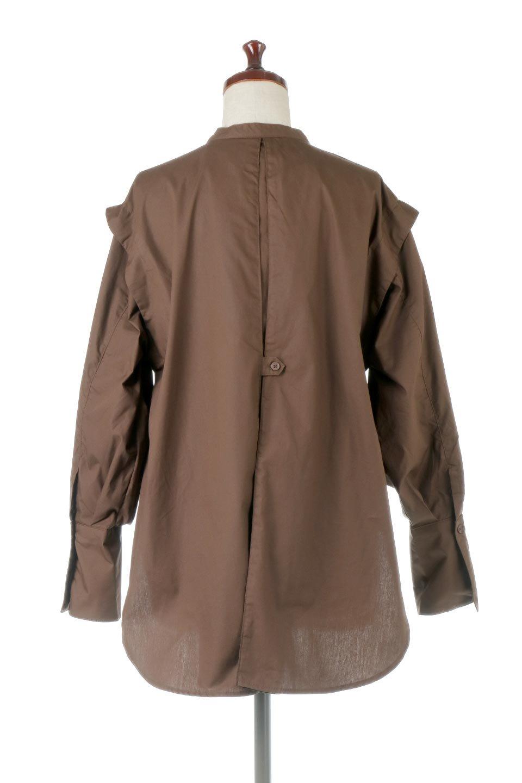 V-YokeLongSleeveBlouseVヨーク・長袖ブラウス大人カジュアルに最適な海外ファッションのothers(その他インポートアイテム)のトップスやシャツ・ブラウス。V字のヨークが印象的な長袖ブラウス。程よい張りがある生地を使用した大きめシルエットで春まで楽しめるアイテムです。/main-14