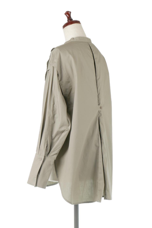 V-YokeLongSleeveBlouseVヨーク・長袖ブラウス大人カジュアルに最適な海外ファッションのothers(その他インポートアイテム)のトップスやシャツ・ブラウス。V字のヨークが印象的な長袖ブラウス。程よい張りがある生地を使用した大きめシルエットで春まで楽しめるアイテムです。/main-8