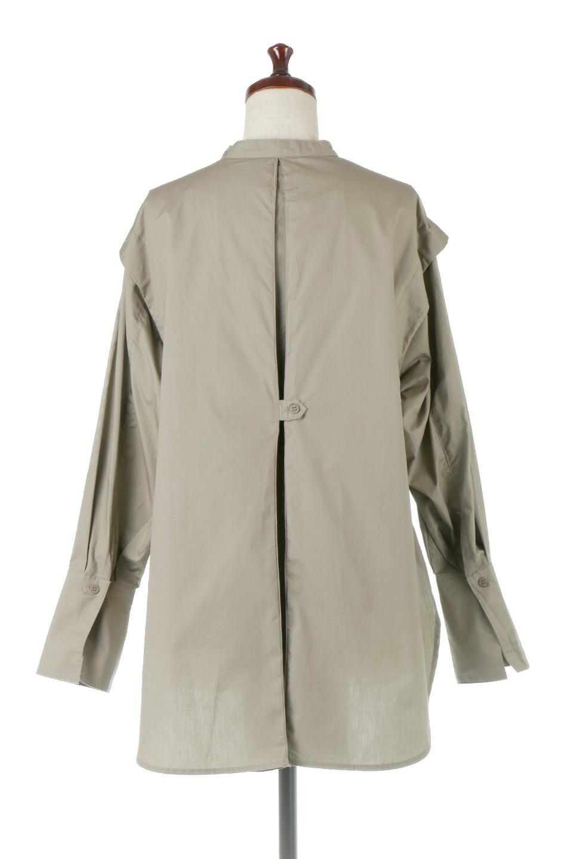 V-YokeLongSleeveBlouseVヨーク・長袖ブラウス大人カジュアルに最適な海外ファッションのothers(その他インポートアイテム)のトップスやシャツ・ブラウス。V字のヨークが印象的な長袖ブラウス。程よい張りがある生地を使用した大きめシルエットで春まで楽しめるアイテムです。/main-9