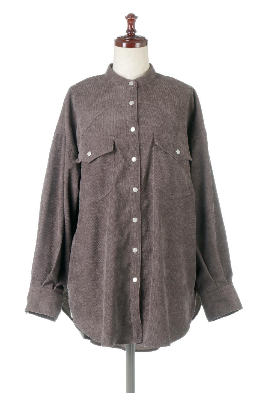 NarrowCordWesternBigShirts細うねコーデュロイ・ウエスタンシャツ大人カジュアルに最適な海外ファッションのothers(その他インポートアイテム)のトップスやシャツ・ブラウス。秋冬の定番素材コーデュロイを使用したウエスタン調のビッグシャツ。アーチ状のヨークやポケットはウエスタンシャツを感じさせるディテールですが、ルーズなシルエットは現代風な雰囲気です。/main-10