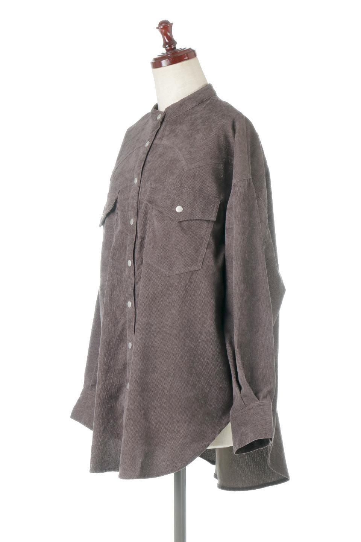 NarrowCordWesternBigShirts細うねコーデュロイ・ウエスタンシャツ大人カジュアルに最適な海外ファッションのothers(その他インポートアイテム)のトップスやシャツ・ブラウス。秋冬の定番素材コーデュロイを使用したウエスタン調のビッグシャツ。アーチ状のヨークやポケットはウエスタンシャツを感じさせるディテールですが、ルーズなシルエットは現代風な雰囲気です。/main-11