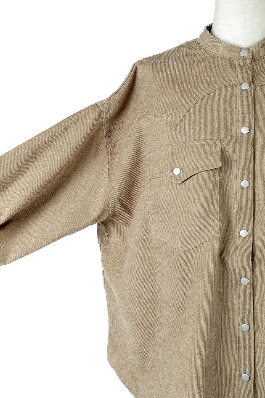 NarrowCordWesternBigShirts細うねコーデュロイ・ウエスタンシャツ大人カジュアルに最適な海外ファッションのothers(その他インポートアイテム)のトップスやシャツ・ブラウス。秋冬の定番素材コーデュロイを使用したウエスタン調のビッグシャツ。アーチ状のヨークやポケットはウエスタンシャツを感じさせるディテールですが、ルーズなシルエットは現代風な雰囲気です。/main-19