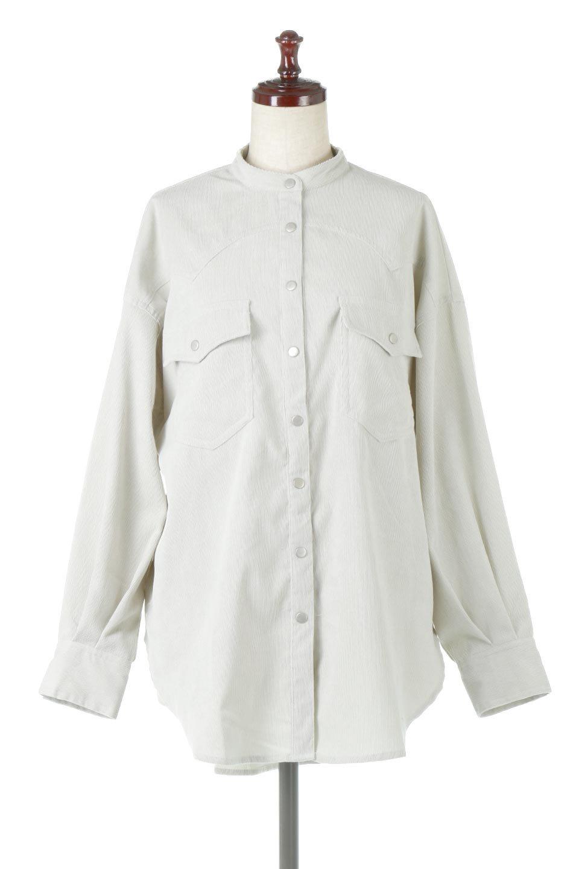 NarrowCordWesternBigShirts細うねコーデュロイ・ウエスタンシャツ大人カジュアルに最適な海外ファッションのothers(その他インポートアイテム)のトップスやシャツ・ブラウス。秋冬の定番素材コーデュロイを使用したウエスタン調のビッグシャツ。アーチ状のヨークやポケットはウエスタンシャツを感じさせるディテールですが、ルーズなシルエットは現代風な雰囲気です。/main-5