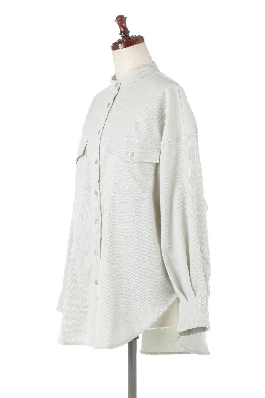 NarrowCordWesternBigShirts細うねコーデュロイ・ウエスタンシャツ大人カジュアルに最適な海外ファッションのothers(その他インポートアイテム)のトップスやシャツ・ブラウス。秋冬の定番素材コーデュロイを使用したウエスタン調のビッグシャツ。アーチ状のヨークやポケットはウエスタンシャツを感じさせるディテールですが、ルーズなシルエットは現代風な雰囲気です。/main-6