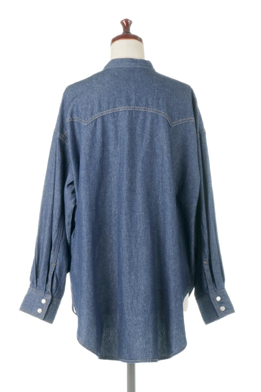 6.5ozDenimWesternBigShirtsライトデニム・ウエスタンシャツ大人カジュアルに最適な海外ファッションのothers(その他インポートアイテム)のトップスやシャツ・ブラウス。6.5オンス・ライトデニムを使用したウエスタン調のビッグシャツ。アーチ状のヨークやポケットはウエスタンシャツを感じさせるディテールですが、ルーズなシルエットは現代風な雰囲気です。/main-4