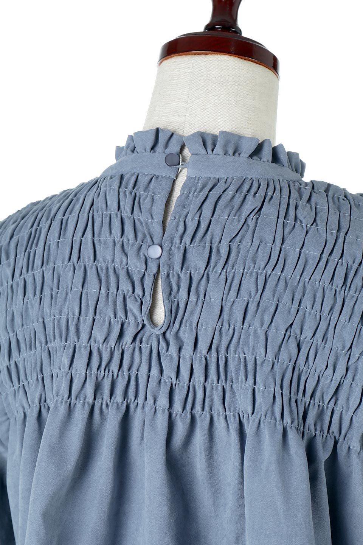 VolumeSleeveGatherBlouseボリュームスリーブ・ギャザーブラウス大人カジュアルに最適な海外ファッションのothers(その他インポートアイテム)のトップスやシャツ・ブラウス。ワイドなシルエットにふっくらとしたボリュームスリーブが可愛いブラウス。胸のギャザーがゆったりボディーを引き締めて着ぶくれを防いでくれます。/main-22