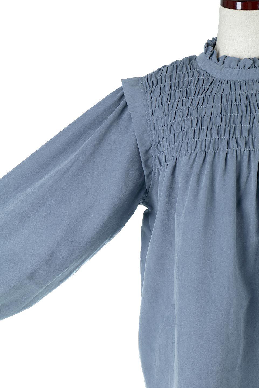VolumeSleeveGatherBlouseボリュームスリーブ・ギャザーブラウス大人カジュアルに最適な海外ファッションのothers(その他インポートアイテム)のトップスやシャツ・ブラウス。ワイドなシルエットにふっくらとしたボリュームスリーブが可愛いブラウス。胸のギャザーがゆったりボディーを引き締めて着ぶくれを防いでくれます。/main-25