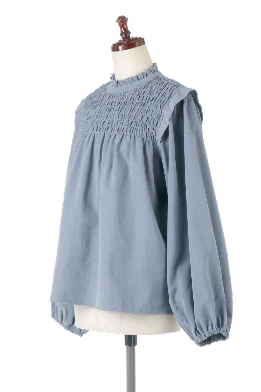 VolumeSleeveGatherBlouseボリュームスリーブ・ギャザーブラウス大人カジュアルに最適な海外ファッションのothers(その他インポートアイテム)のトップスやシャツ・ブラウス。ワイドなシルエットにふっくらとしたボリュームスリーブが可愛いブラウス。胸のギャザーがゆったりボディーを引き締めて着ぶくれを防いでくれます。/main-6