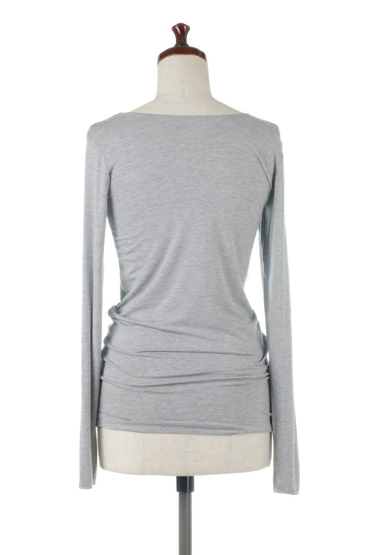LongSleeveSmoothTeeシルクタッチ・ロンTee大人カジュアルに最適な海外ファッションのothers(その他インポートアイテム)のトップスやカットソー。シルクのような肌触りが人気のロンTeeストレッチが効いた素材でトップスやアウターに響かないタイトなシルエット。首回りや袖元はメローロック仕立て。/main-14