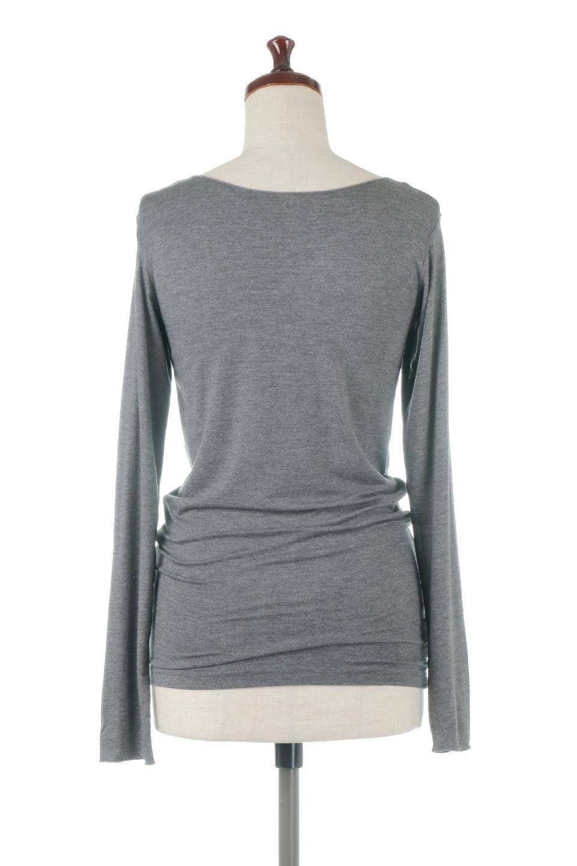LongSleeveSmoothTeeシルクタッチ・ロンTee大人カジュアルに最適な海外ファッションのothers(その他インポートアイテム)のトップスやカットソー。シルクのような肌触りが人気のロンTeeストレッチが効いた素材でトップスやアウターに響かないタイトなシルエット。首回りや袖元はメローロック仕立て。/main-19
