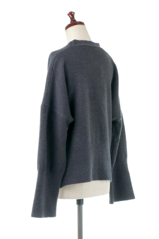 BigSilhouetteKnitCardiganビッグシルエット・カーディガン大人カジュアルに最適な海外ファッションのothers(その他インポートアイテム)のアウターやカーディガン。たぷっとしたシルエットが魅力的なカーディガン。大き目のボタンとゆったりとした身幅を取ったシルエットが特徴のアイテムです。/main-13