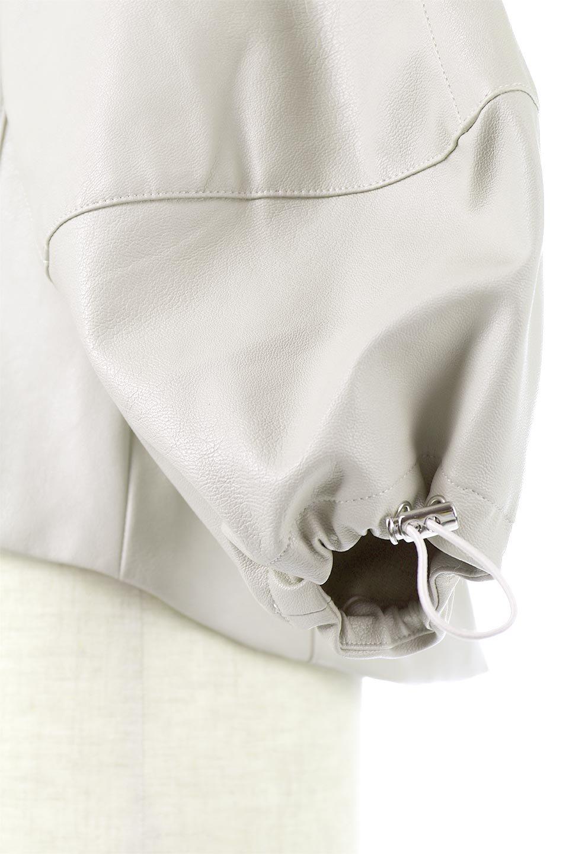 PuffSleeveEcoLeatherJacket袖コンシャス・エコレザージャケット大人カジュアルに最適な海外ファッションのothers(その他インポートアイテム)のアウターやジャケット。ボリュームのある袖と短めの着丈でバランスが取りやすいレザージャケット。パフスリーブのシルエットで腕周りをきれいに見せてくれます。/main-15